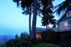 Skiff Point Guest House and Retreat
