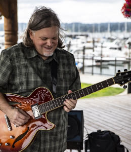 Live music at the Winery - Rik Wright
